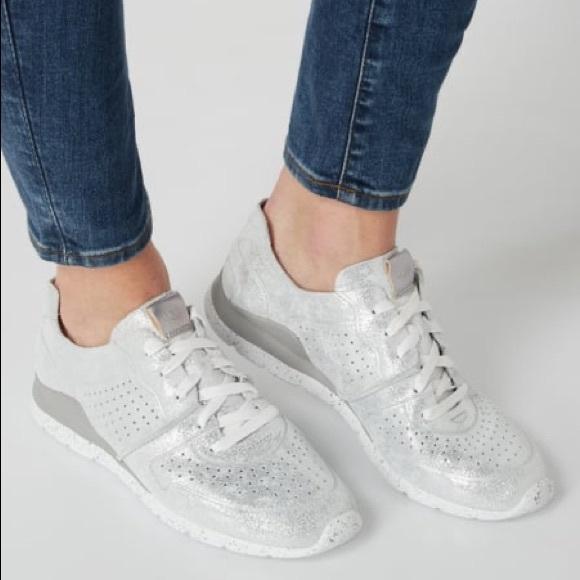 UGG Shoes   New Ugg Tye Stardust Silver